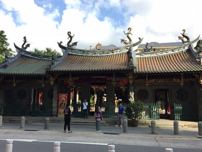 シアンホッケン寺院外観.jpg